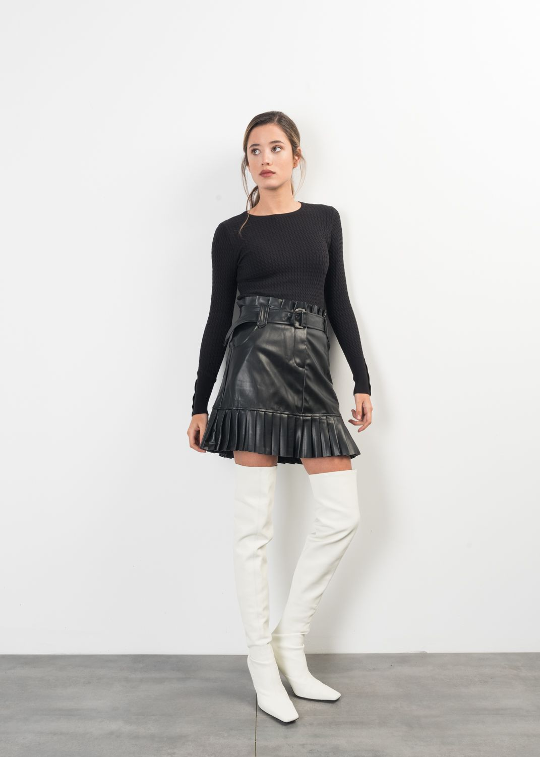 PLEATED FAUX LEATHER MINI GONNA